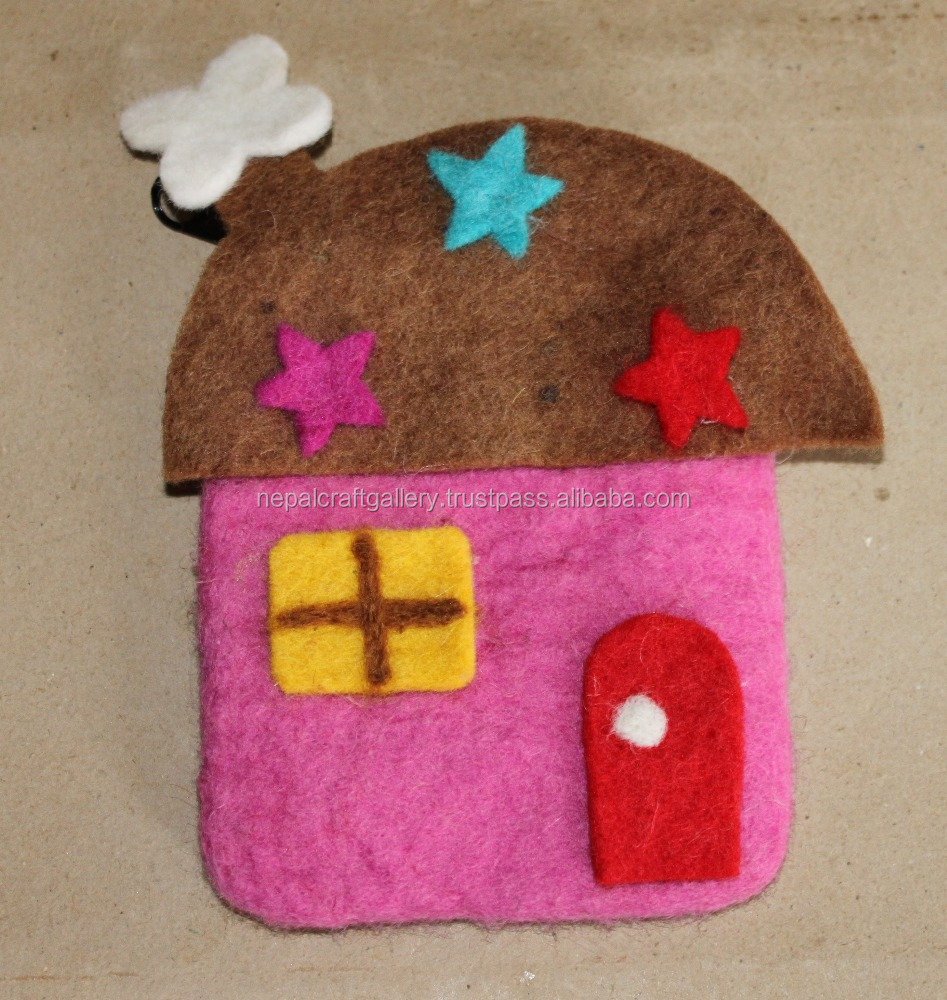 HOUSE DESIGN FELT COIN PURSE