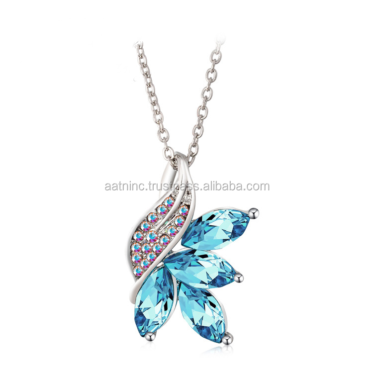 Hot selling crystal necklace for women