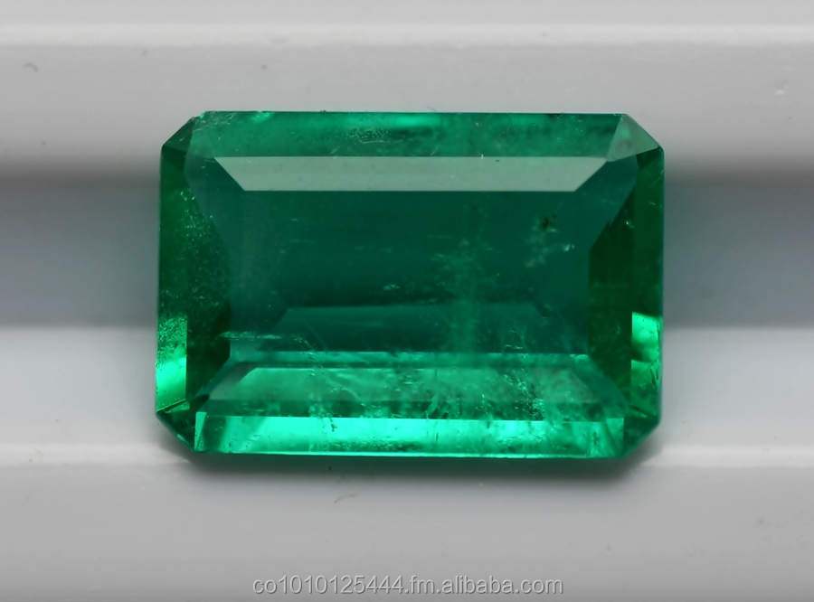 "4.08 cts Emerald Stone Colombian emerald Cut ""Emerald"" Good Quality"