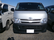 USED RIGHT HAND DRIVE TRUCK TOYOTA REGIUSACE DIESEL VAN DX 2012 LESS MILEAGE AND GOOD CONDITION