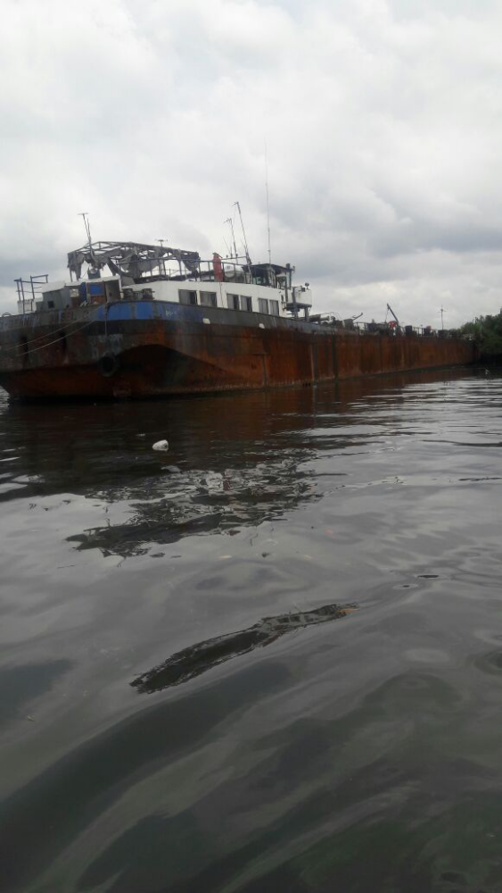 Used ships, boats, barges for sale