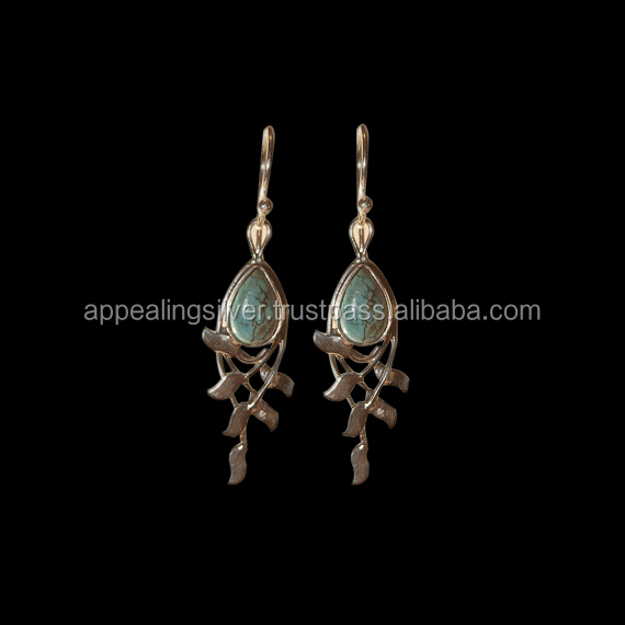 Handcrafted 925 sterling silver with vintage turquoise drop shape earring