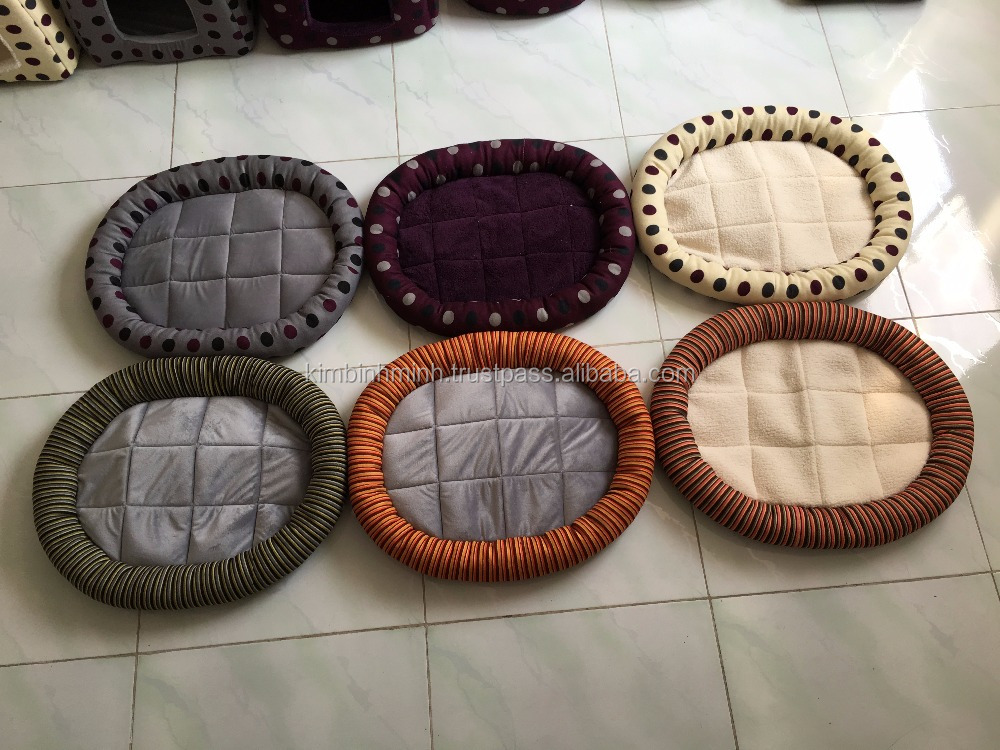 Wholesale pet oval round bed, comfortable dog beds, fashion pet shop