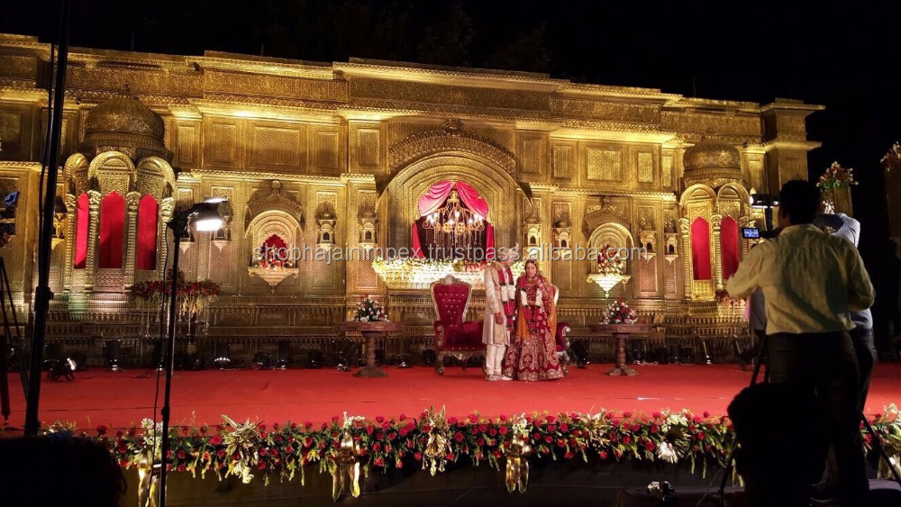 TRADITIONAL HAWA MAHAL INDIAN WEDDING STAGE