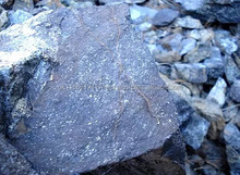 High quality chrome ore lumpy from madagascar with content from 39% to 41%, payment 100% letter of credit
