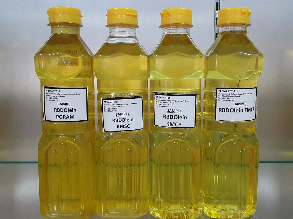 Refined Bleached Deodorized Palm Olein (RBDPOL) By Smart Tbk.