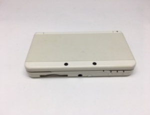 Used Nintendo new 3DS portable game console