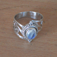 Moonstone Ring Sterling Silver Natural Rainbow Moonstone stacking engagement ring,Stone Silver Jewelry
