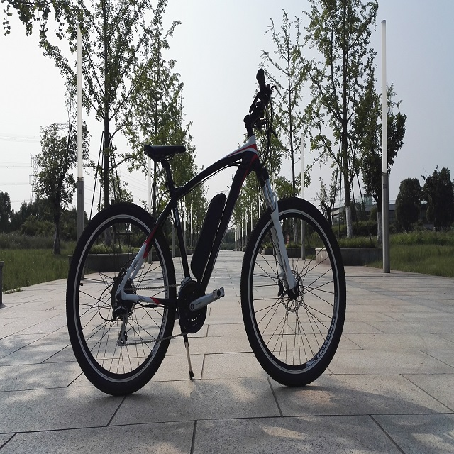 Mountain bike 700c 36V 200-250W