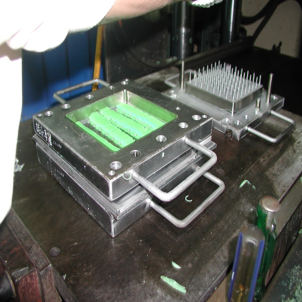 Best price silicone mold accessory manufacturer