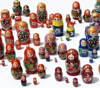 Matryoshka Dolls Nesting Stacking Wooden Russian Toys with Flower Ornament Hand Painted Wood Souvenir Folk Art Crafts Wholesale