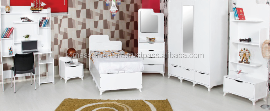 Beyzade child room