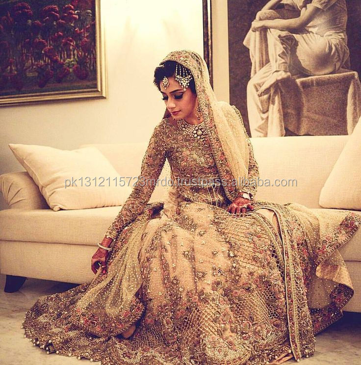 New Beautiful 2018 Designs of Indian Wedding Bridal Dress, Pakistani Wedding Bridal Dress, Asian Women Wedding Dress