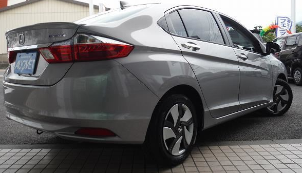Japanese Car RHD 2015 Honda Grace Hybrid LX