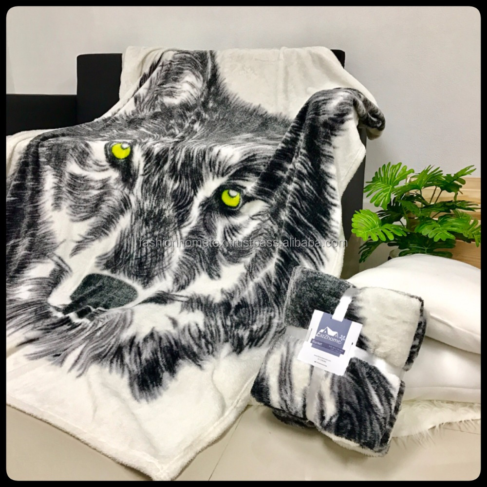 Hot Sale 2017 Wolf Moldy blanket Polyester 100%