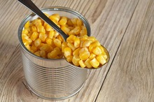 Canned sweet whole kernel corn
