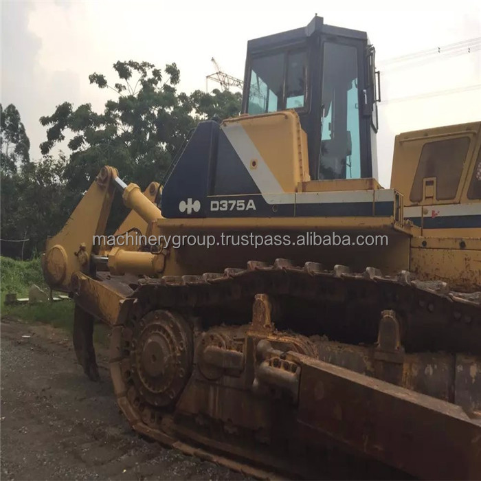 komastu/cat D375-3 used dozer komastu D375 second hand bulldozer D375-3 used dozer