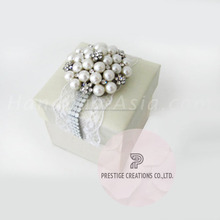 Thailand Newest Trend Design Handmade Pearl & Lace Silk Favor Box