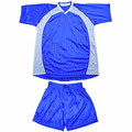 100% polyester top quality soccer uniform