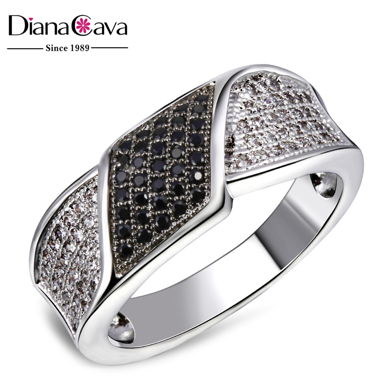 Fashionable Contrast jewellery Party Black and White Color Zircon Ladies Band Ring