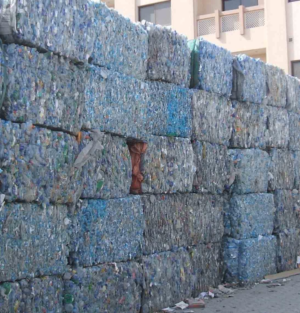 100% clear PET Bottles plastic scrap for sale at very cheap prices