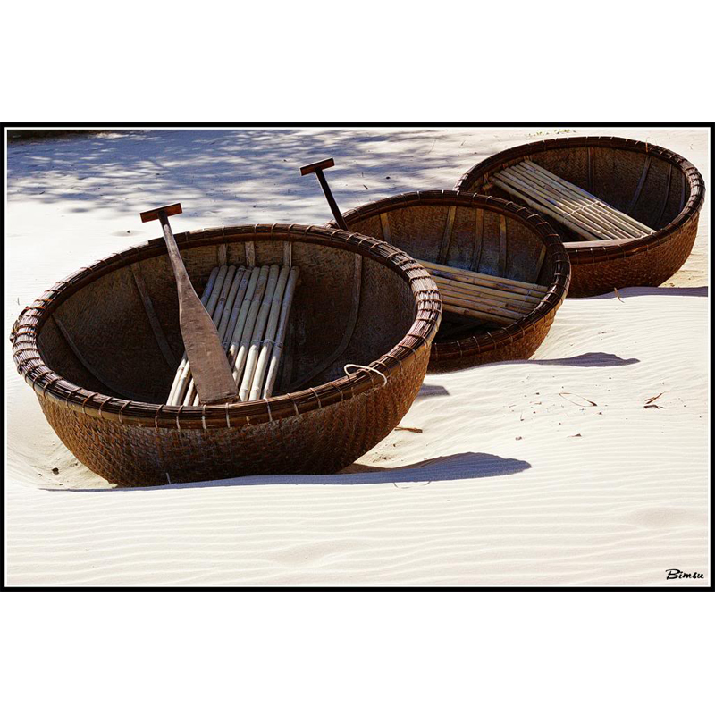 Experience Great Feeling with Bamboo Coracle Boat