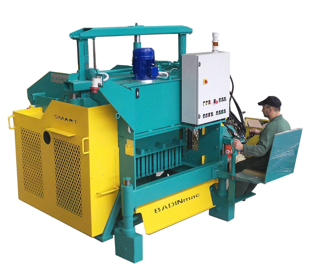 Block machine semiautomatic mod.SMART egg-layer, Universal Paving machine, 100% Made in Italy At Reasonable Price