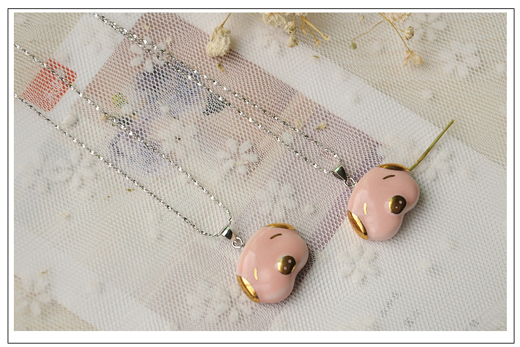 New arrival custom animal ceramic pig with 24K gold latest design wholesale amazing for girls necklace