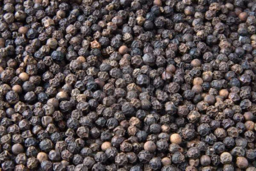 A Grade Dried White and Black Pepper/Peper For Export