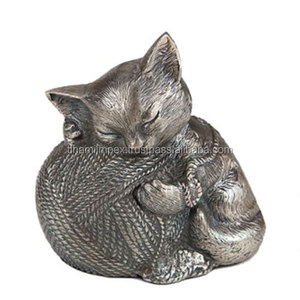 Kitten with Ball of Wool Cremation Urn