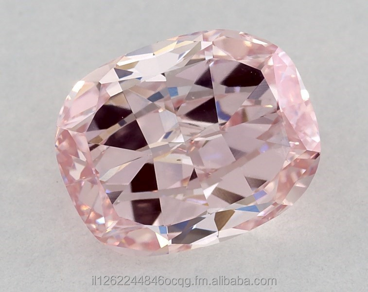 GIA Certificat Fancy Intense Pink Diamond Cushion Shape HPHT 1.79ct
