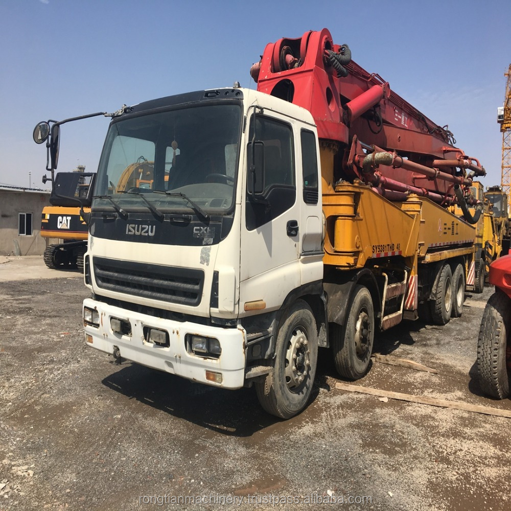 China famous brand used sany 42 meter long boom concrete pump truck for sale in Shanghai yard