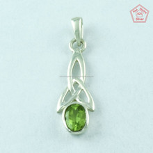 Light Weight 925 Sterling Silver Peridot Stone Pendant, Silver Jewellery Wholesaler & Manufacturer India