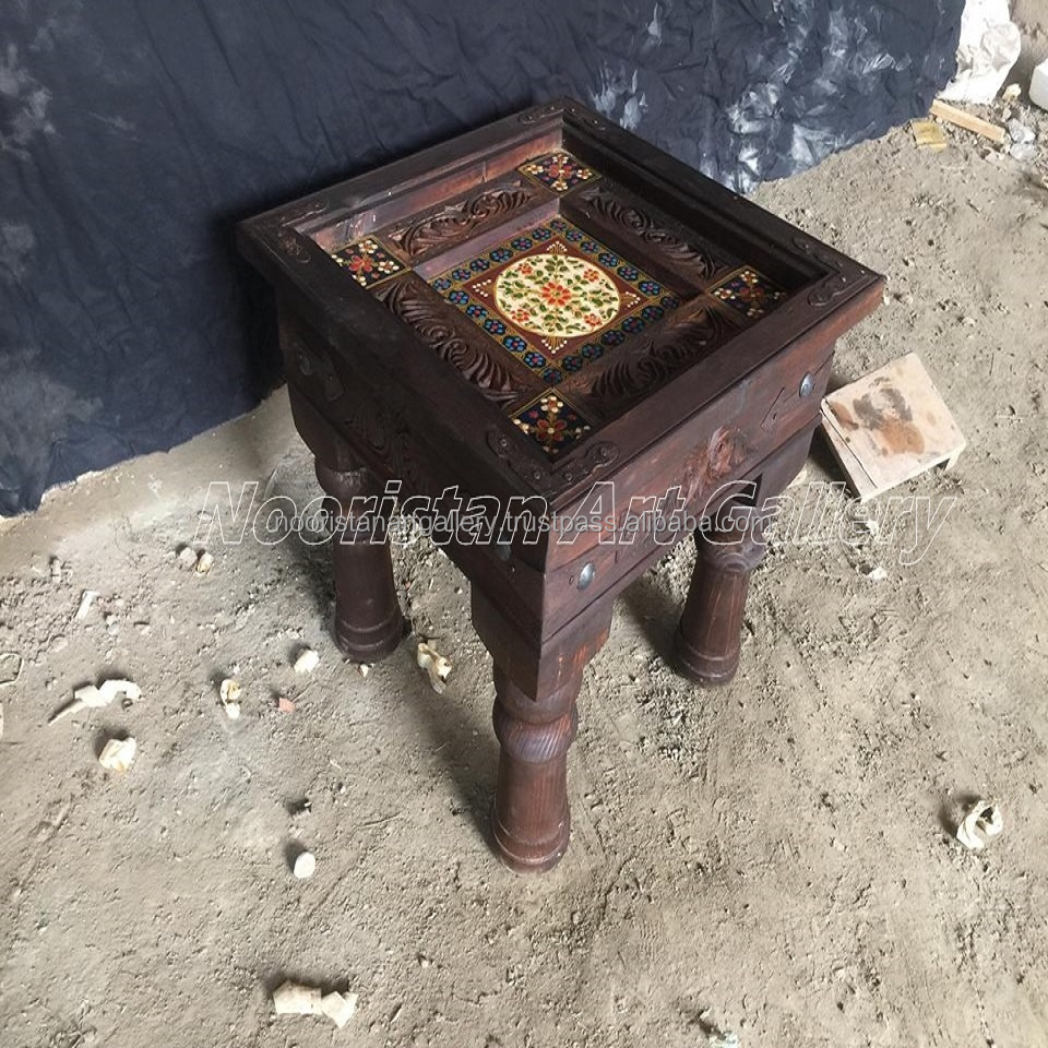 Antique Style Hand Carved Coffee Table (TA-002)