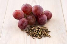 OPC 95% Grape Seed P.E. Bulk price / organic grape seed