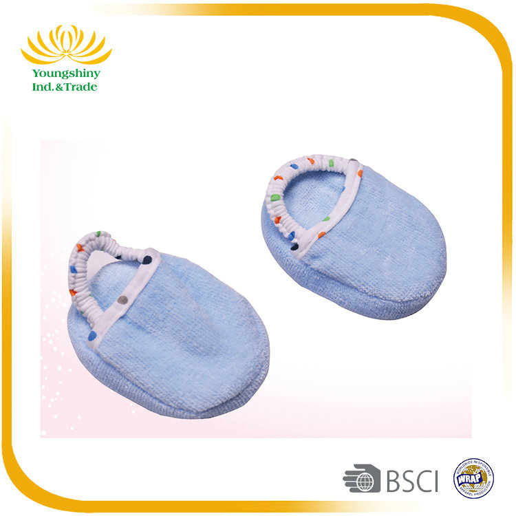 2Pcs comfortable baby bathrobe with slippers