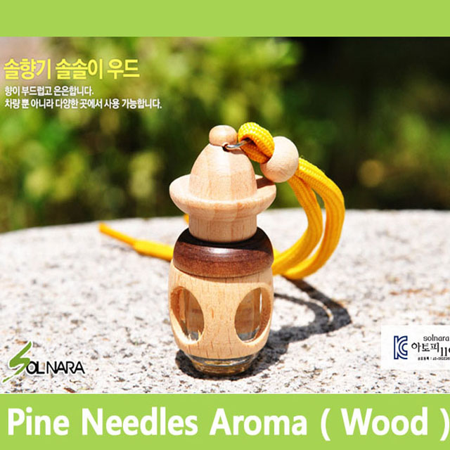 SOLNARA Pine Needle Aroma Hanging Air Freshener for Home and Car Wood Type with Phytoncide and Deep Sea Water Made in Korea