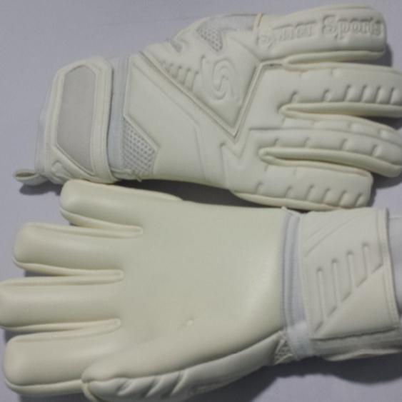 Design your own Brands Professional Soccer Finger saver indoor match Goalie  Goalkeeper Gloves c523b2b0d94b