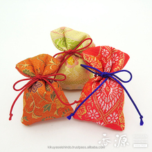 High quality and traditional scent bag as best air freshener for car, scented sachet for car