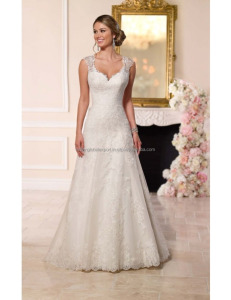 Gorgeous A line sweetheart wedding dress for women
