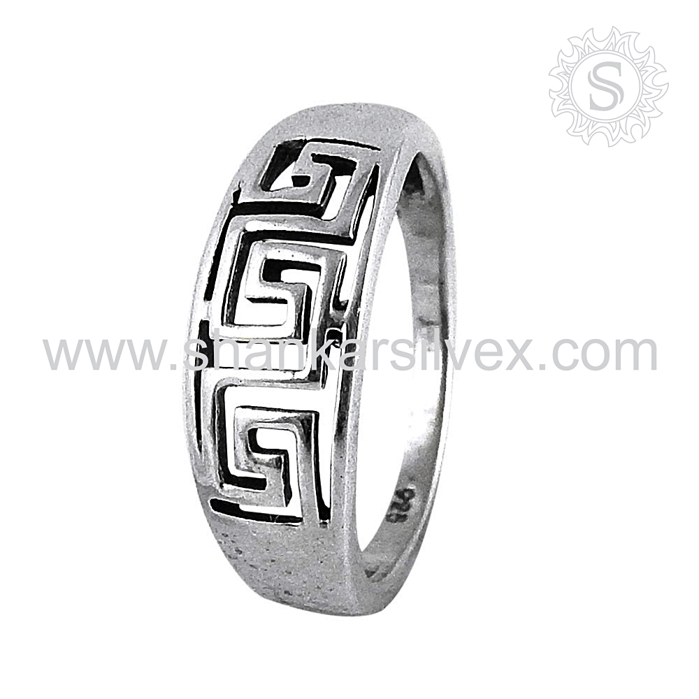 Famous handmade design plain silver ring jewelry 925 sterling silver rings wholesale jewellery supplier