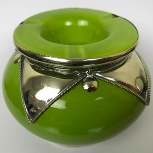 Handmade Ceramic Ashtray with Lid Cover outdoor indoor Moroccan Round Silver Star Design with 3 cigarette Holder Slots