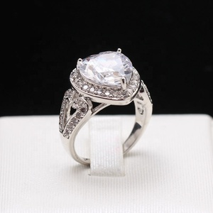 Diamond Engagements Rings For Women 30048177f64b