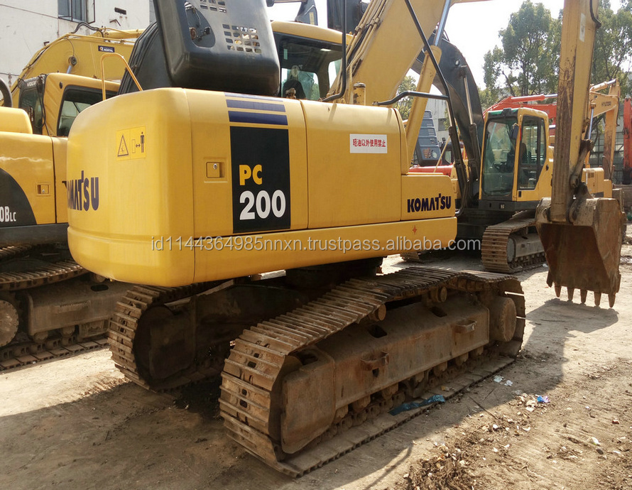 PC200-7 KOMATSU JAPAN Original used long arm excavator in shanghai for sale