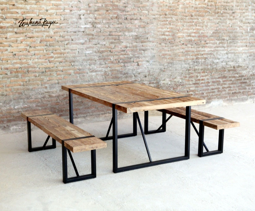 Durable Recycled Teak Garden Table Set with Metal legs - Outdoor Furniture