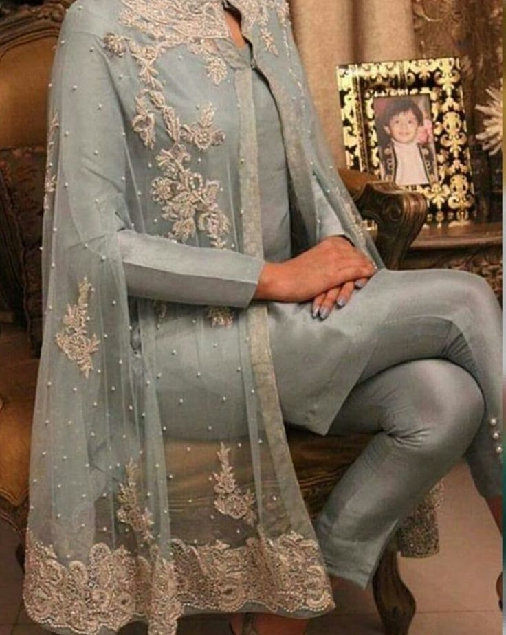 Pakistani stylish designer lace dresses, pakistani party designer dresses, lace dresses. pakistani dresses