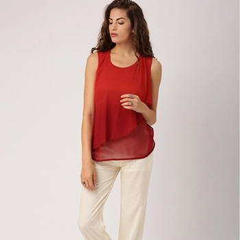 Ladies Blouses & Tops Sleeveless Layered Top with Round Neckline Casual Woman Tops