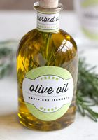Natural Extra Virgin Olive Oil in China