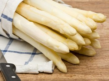 Green Organic Canned White Asparagus
