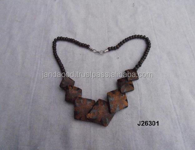 Rough Horn Necklace available in other designs and patterns